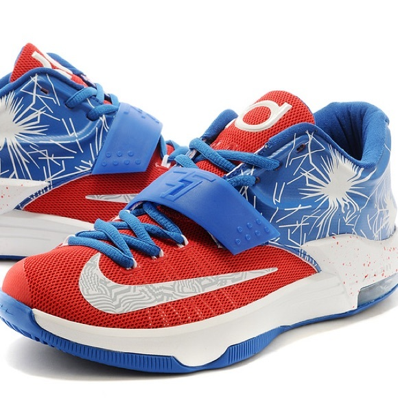 uk availability f8b95 7a735 Men s Nike KD 7 Fireworks Firecracker 4th July 9.5.  M 5b3ae7ccc2e9fec2f7ff0692